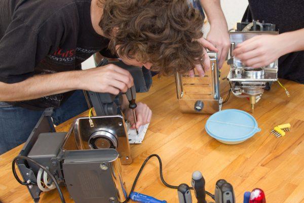 Repair Cafe - Kaffeemaschine 2 | Reithmanngymnasium
